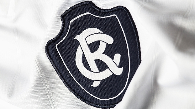 Remo capricha em novas camisas 1 e 2 para a temporada  a10da1896a48e