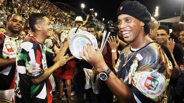 Ronaldinho Gaucho Grande Rio Carnaval 20/02/2011