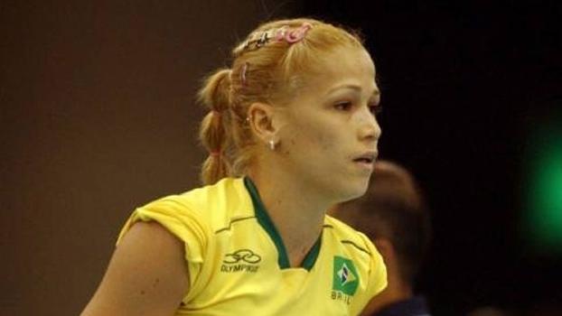 Érika foi medalha de bronze com a Seleção Brasileira em Sydney 2000