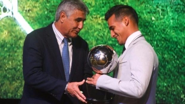 Trauco foi eleito o melhor jogador do Campeonato Peruano