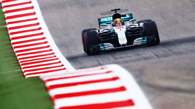 Lewis Hamilton durante treino para o GP dos EUA, nesta sexta-feira