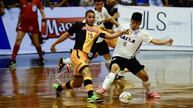 b308794ea4 Liga Paulista de Futsal anuncia datas das finais entre Corinthians e ...