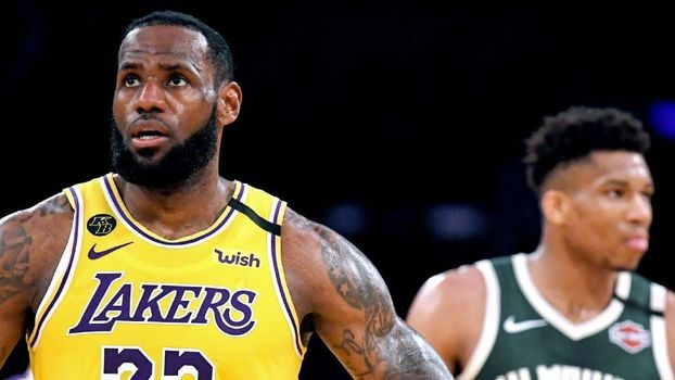 LeBron e Giannis em Lakers x Bucks