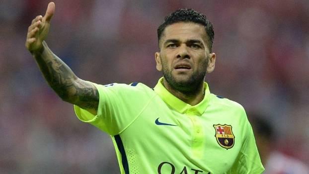 Daniel Alves, a um passo de deixar o Barcelona