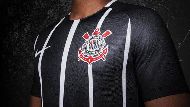 Corinthians teve a camisa mais vendida da Netshoes em 2017  veja o ... cf9d890597403