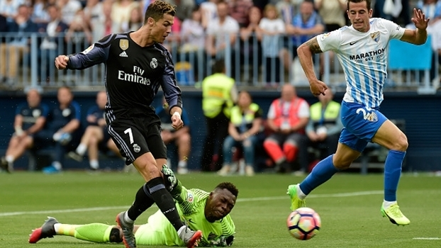 Cristiano Ronaldo supera Kameni no lance do primeiro gol