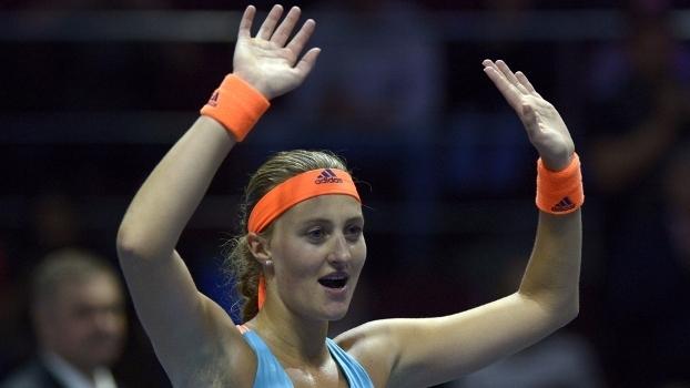 Kristina Mladenovic comemora título em São Petesburgo