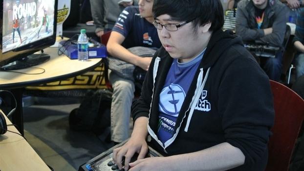 Justin Wong está no competitivo de jogos de luta desde 2002