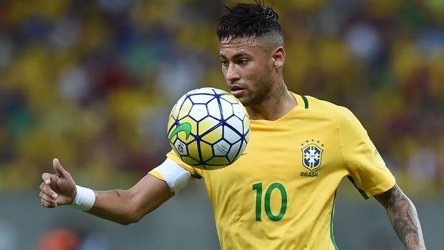 Neymar durante duelo entre Brasil e Uruguai