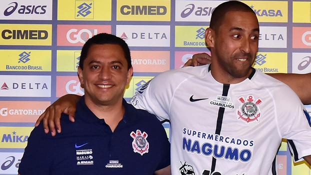 Maluco  e Serginho convenceram Corinthians cb8733f1380d5