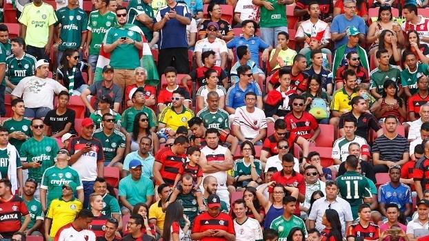 c395f0e95a Palmeirenses compareceram em grande número no duelo contra o Flamengo