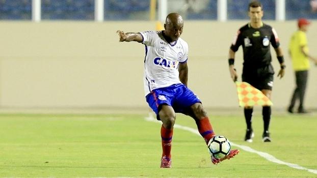 1090ae266a Gerente de futebol é o novo técnico do Vitória. Falta de convicção ...