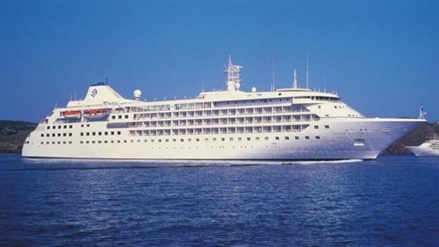 Silver Cloud, o navio que hospeda as seleções dos EUA