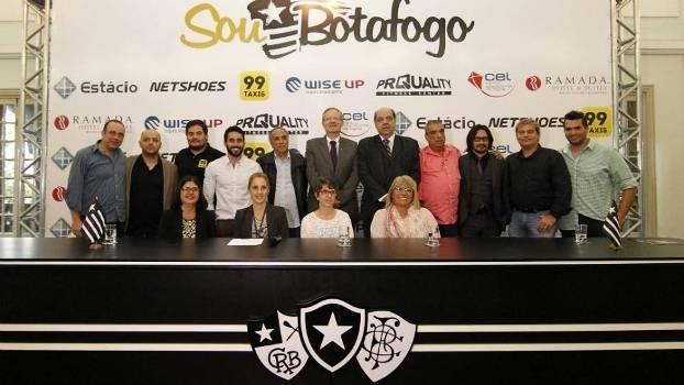 Botafogo apresentou parcerias para o sócio-torcedor nesta terça d033c62757760