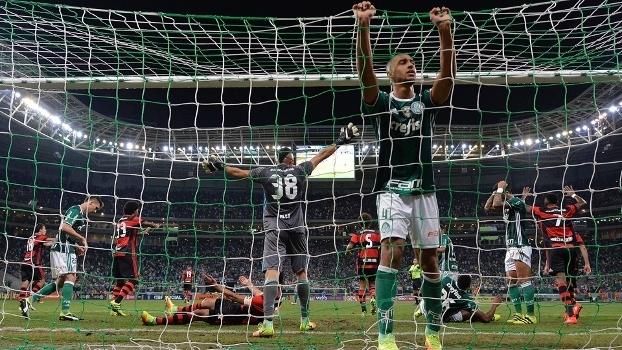 e4b7018970 Palmeiras e Flamengo reacenderam uma grande rivalidade do futebol nacional