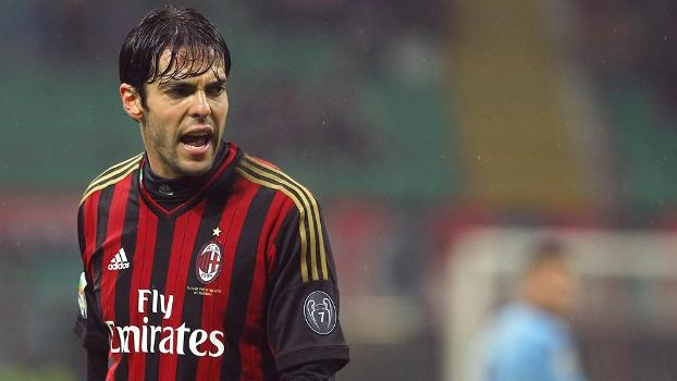 a292784971172 Com Kaká e Balotelli confirmados, Milan visita o perigoso Napoli e ...