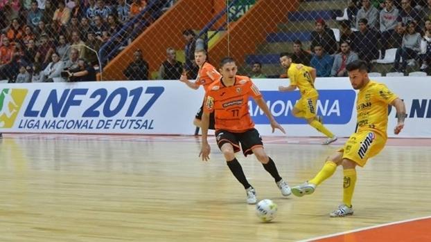Carlos Barbosa estará na competição