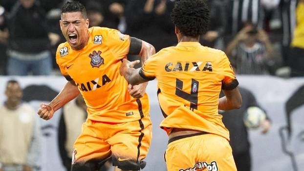 ff290a1cd7 Ralf Comemora Gol Corinthians Fluminense Campeonato Brasileiro 02 09 2015