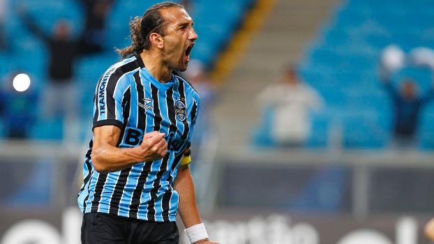 2bbb157dbe Atacante é fundamental em 5 das últimas 7 vitórias do Grêmio - ESPN