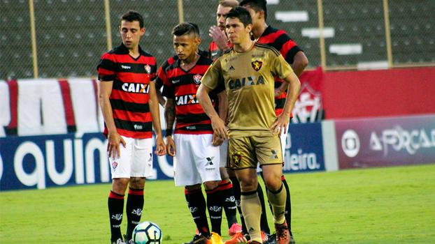 Vitória e Sport lutam contra o rebaixamento na reta final do Brasileirão a0e51d9fbd456