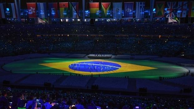Bandeira do Brasil é projetada na cerimônia de encerramento: como foi o país no Rio-2016?