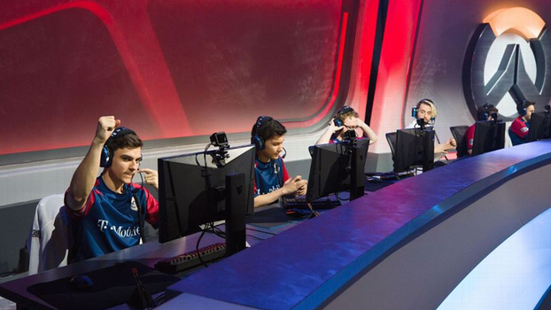 Membros do Team USA competem nas eliminatórias da Overwatch World Cup em  Santa Monica 8b685d2603464