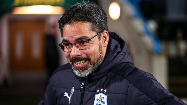 David Wagner durante jogo do Huddersfield Town