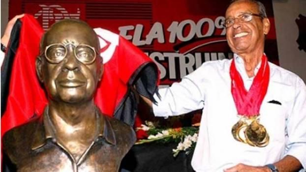 Carlinhos, ídolo do Flamengo, faleceu