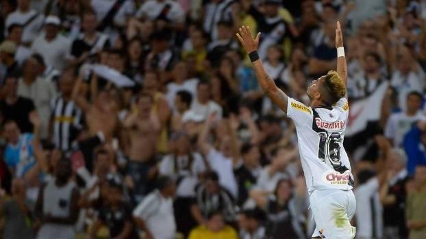 Rafael Silva marcou o gol da vitória do Vasco nos acréscimos contra o Botafogo