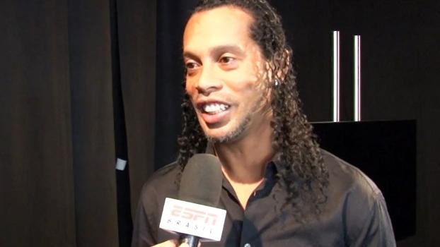 Ronaldinho participará da partida festiva