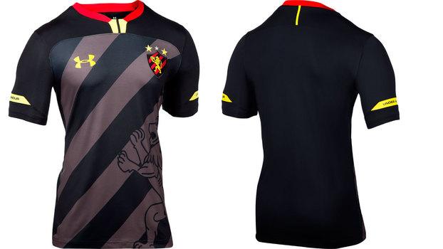 7eab17ed0f Site especializado elege camisa do Corinthians que homenageia Senna como 2ª  melhor do mundo