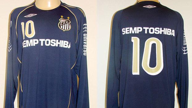 Conselho aprova 3º uniforme azul do Santos fabricado pela Umbro ... 70ffd43659be4