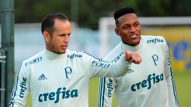 Mina fez um dos gols do Palmeiras