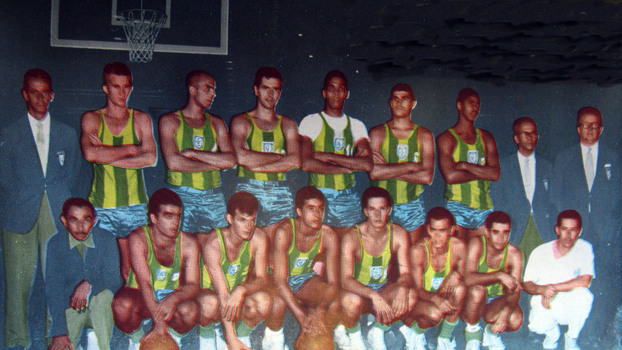 07ecb243b1 Seleção brasileira de basquete antes das Olimpíadas de 1960