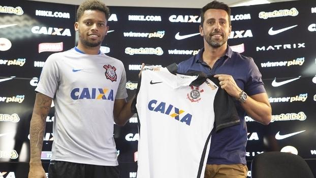 Andre Apresentacao Corinthians 09/02/2016