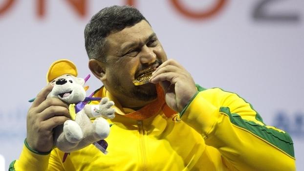 Campeão paralímpico morre cinco dias após título em mundial de halterofilismo