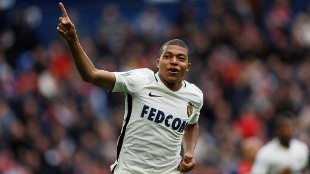 Mbappé é um dos jovens do Monaco na Champions League