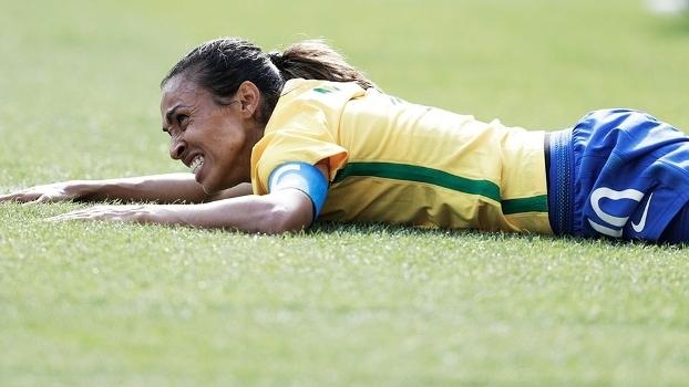 Marta na partida entre Brasil e Suécia, que estreou gramado novo nos Jogos Olímpicos