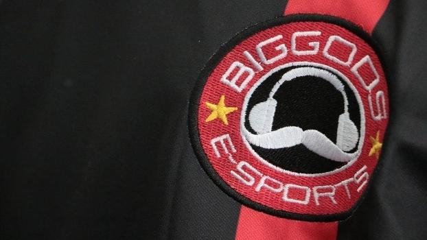 Time brasileiro vai para o exterior tentar uma vaga nas ligas mais competitivas do cenário de 'League of Legends'