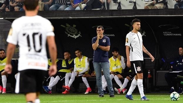 Corinthians tenta repetir desempenho fora em Itaquera no clássico contra o  Santos 816443808a4fc