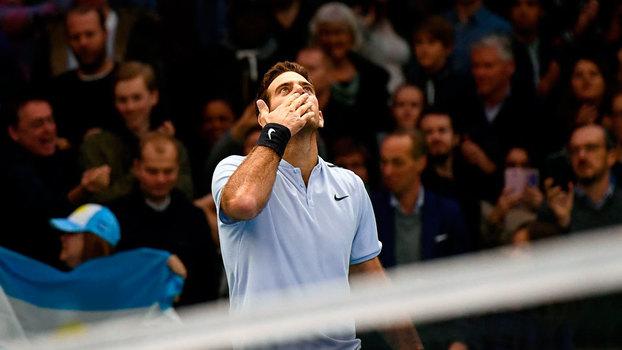 Federer atropela promessa norte-americana em estreia no Torneio da Basileia