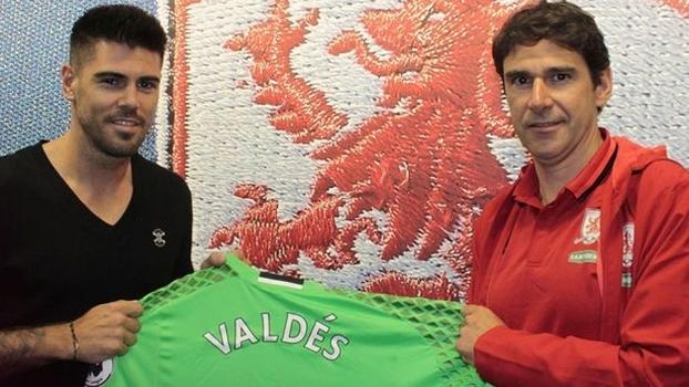 Valdés acertou com o Middlesbrough por dois anos