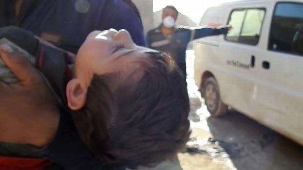 Um retrato cruel e desumano da guerra: o resultado do ataque com bomba química, em abril, contra a aldeia de Khan Sheikhoun, na Síria