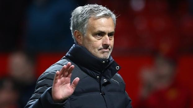 José Mourinho durante jogo do Manchester United