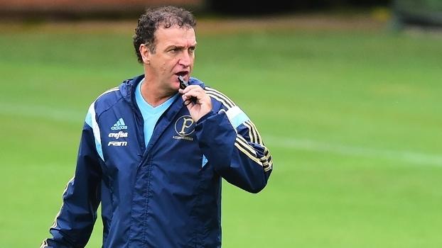 Em crise, Palmeiras vai se concentrar em Atibaia