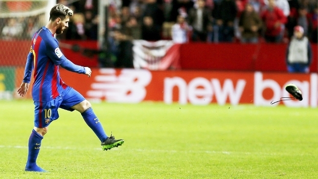 283d74ac87 Messi em ação pelo Barcelona