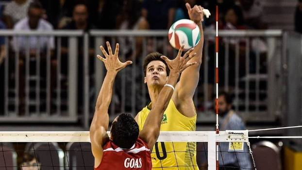 Renan foi o principal jogador do Brasil e anotou 16 pontos