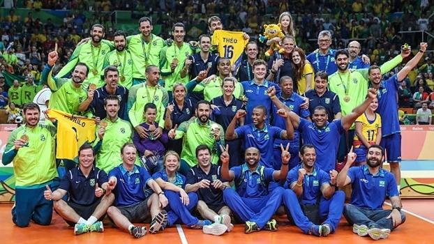 Brasil comemora a medalha de ouro no Rio de Janeiro