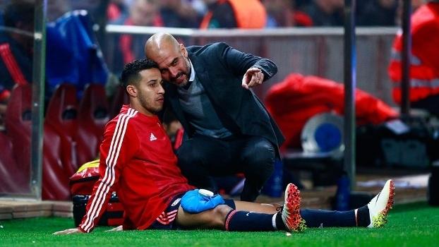 Guardiola trabalhou com Thiago no Bayern e também no Barcelona