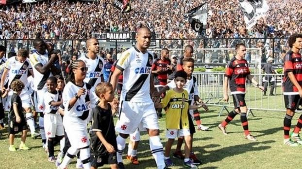 Milhões  separam Flamengo e Vasco como nunca no clássico 04c1fe81b0966